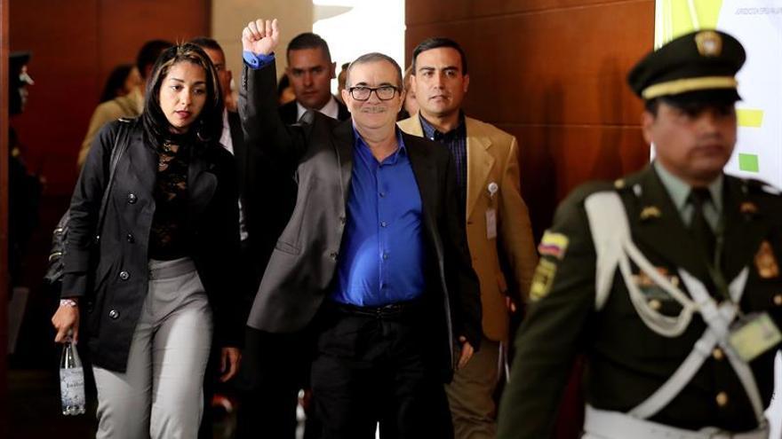Jefes de las FARC inician una comparecencia por secuestros ante la Justicia para la Paz