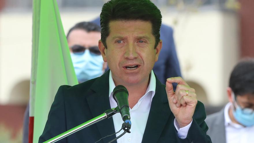 El senado de Colombia rechaza moción de censura al ministro de Defensa
