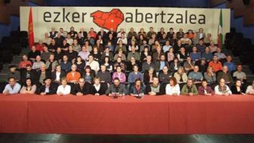 """Izquierda abertzale dice que debe establecerse un """"proceso de negociación"""" entre ETA y Gobierno"""