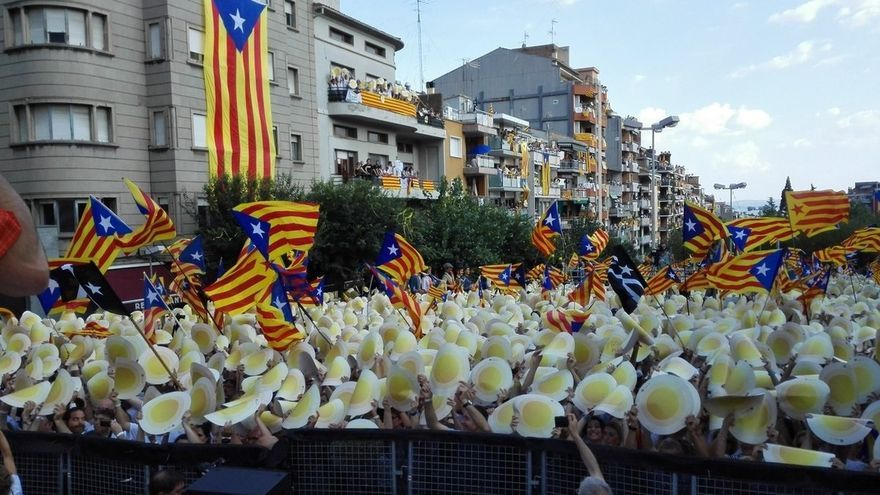 Unas 60.000 personas se manifiestan en Berga (Barcelona) según la ANC