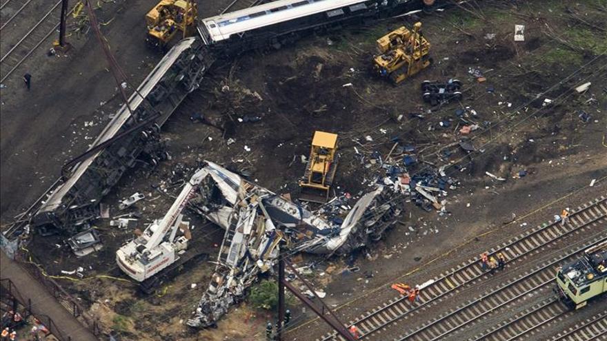 El tren que descarriló en EE.UU. estaba acelerando momentos antes del accidente