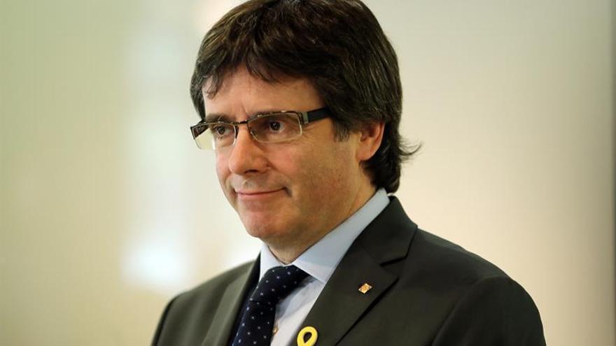 La Justicia alemana niega haber aplazado la decisión sobre la extradición de Puigdemont