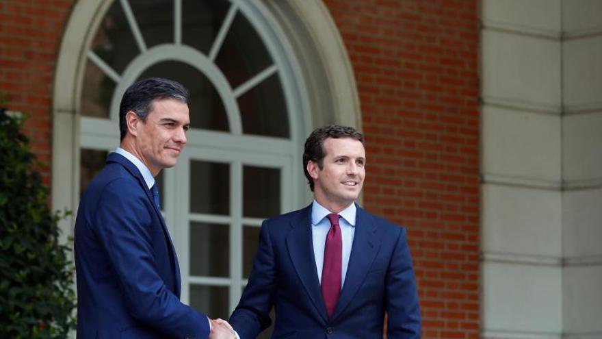 Sánchez se reunirá con Casado, Rivera e Iglesias por la situación en Cataluña