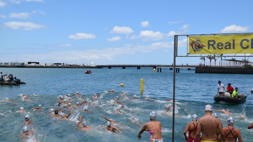 Momento de la salida de la prueba en aguas de Arrecife este pasado sábado