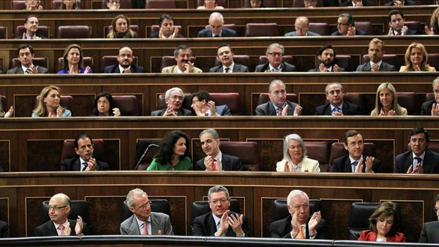 """Rajoy arranca las risas del pleno llamando a Posada """"presidente del Gobierno"""""""