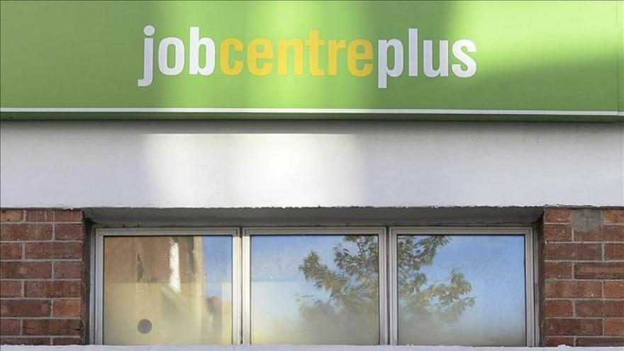 El desempleo en el Reino Unido cae al 7,6 por ciento, el nivel más bajo en cuatro años