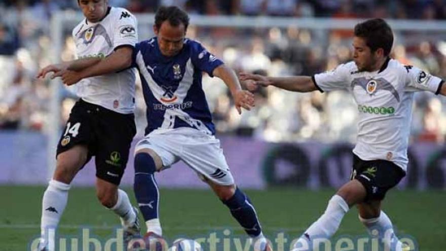 Nino en el último partido de la temporada 2009/2010, que no acabó bien para el CD Tenerife.