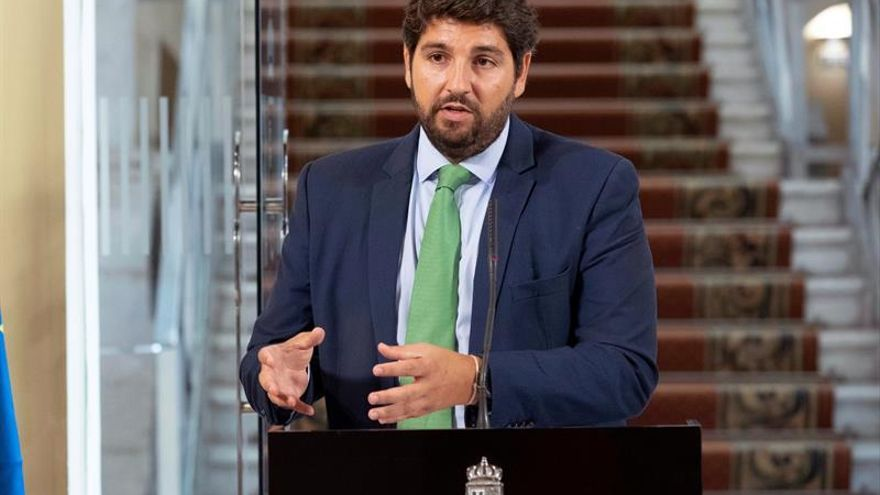 Sánchez recibe en Moncloa a López Miras para analizar las demandas de Murcia