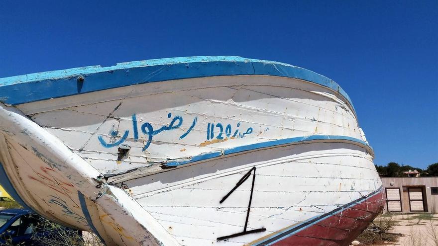 Embarcación con la que los refugiados cruzan el Mediterráneo