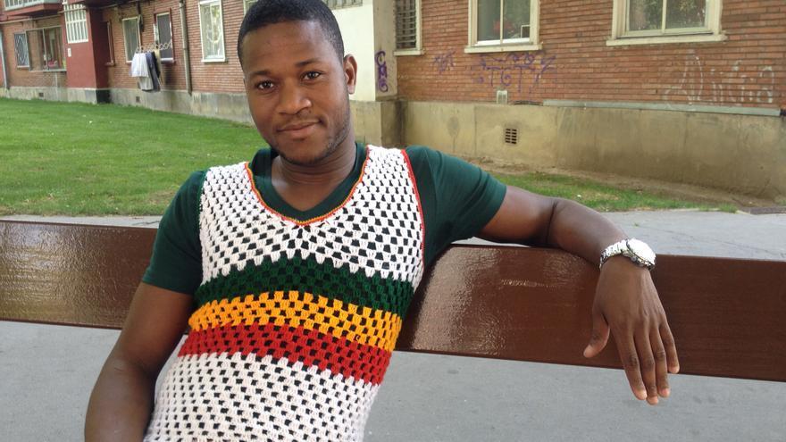 Sekou Usu Diakite trabaja como almacenero en Vitoria desde hace cuatro años.