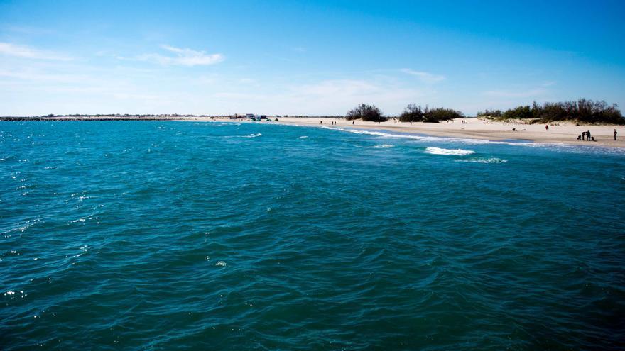 Playa de dunas de Saintes Maries de la Mer.