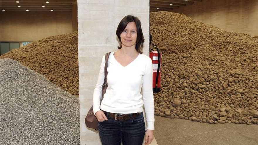 Almarcegui exhibe en el MUSAC el derribo de una de sus salas a tamaño real