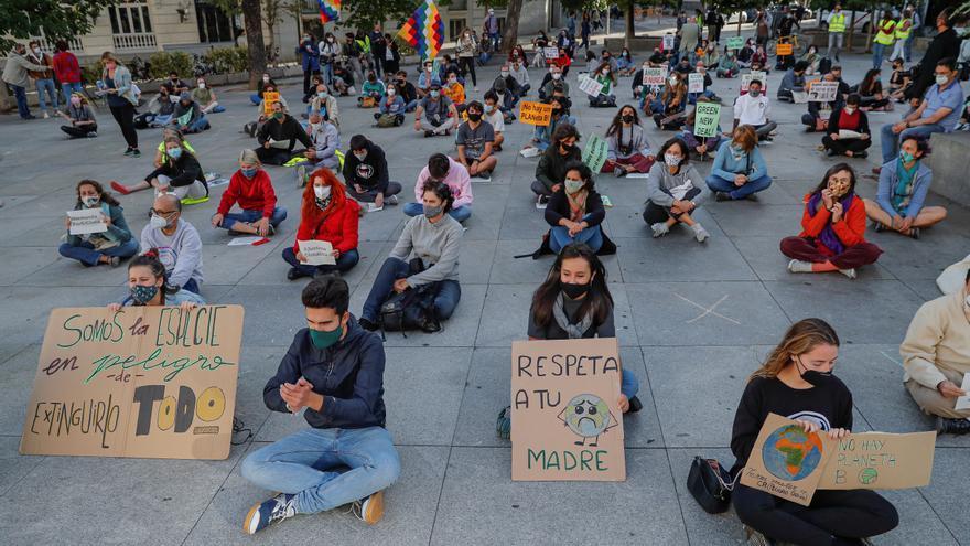 Jóvenes preparan una protesta climática bajo el lema 'No más promesas vacías'