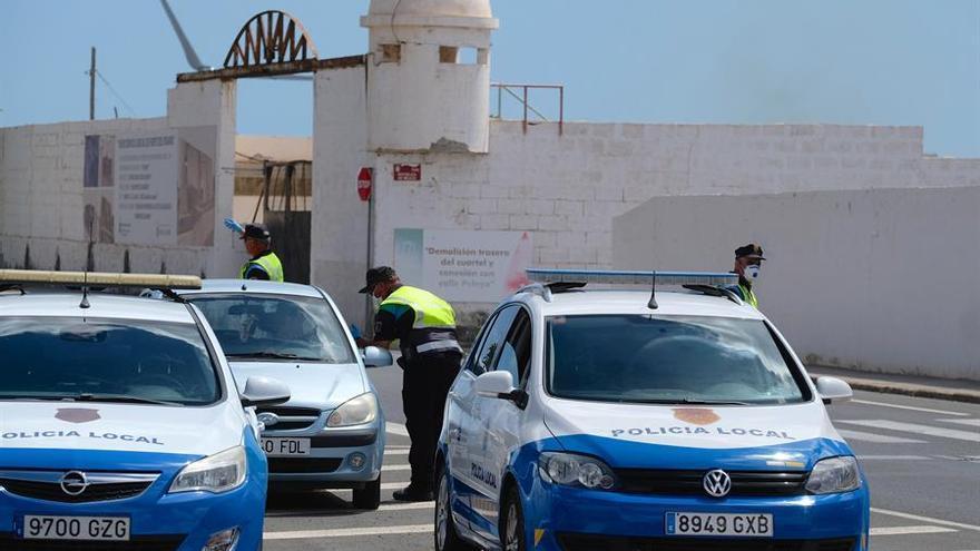 La Policía Local de Puerto del Rosario realiza un control a los conductores de vehículos