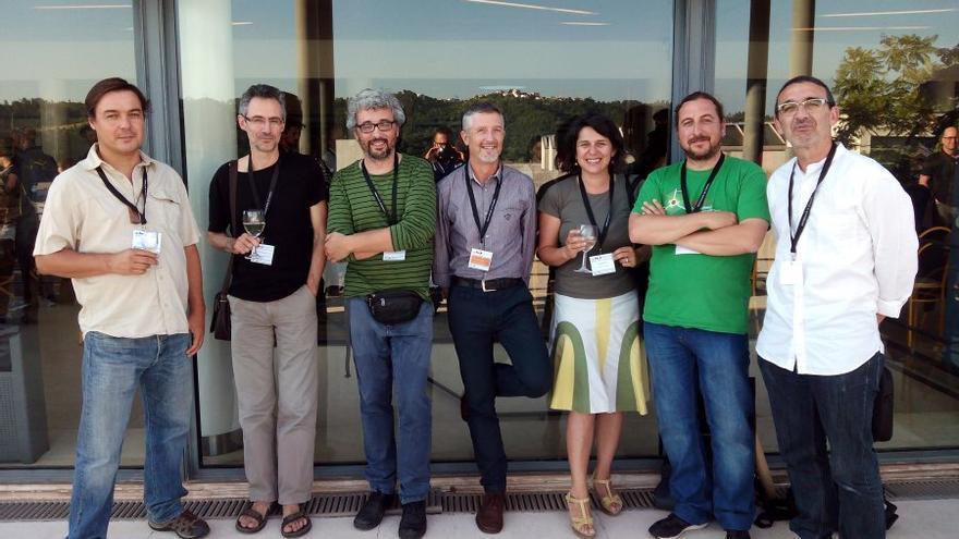 Miembros de Ciencia Critica en el reciente congreso ibérico de ecología celebrado en Junio en Coimbra. De izquierda a derecha: Luis Santamaria, Miguel Angel Rodriguez-Gironés, Jordi Moya, Fernando Valladares, Sara Magalhaes, Joaquin Hortal y Adrian Escudero