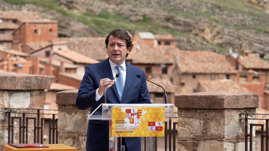 Mañueco pide ante Lambán y Page una Conferencia de Presidentes sobre la pandemia