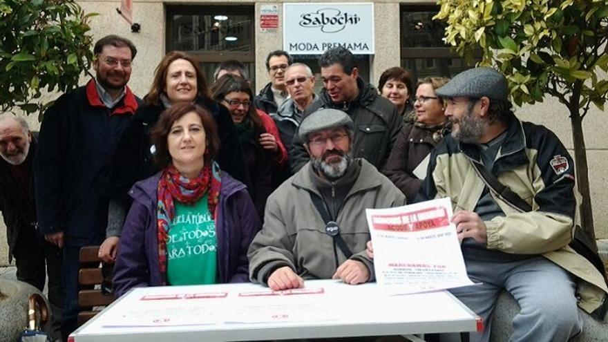 La Plataforma en Apoyo a las Marchas por la Dignidad reunida en Albacete