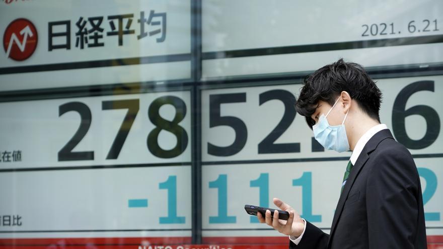 El Nikkei toca un máximo en 31 años por el optimismo ante el avance de la vacunación