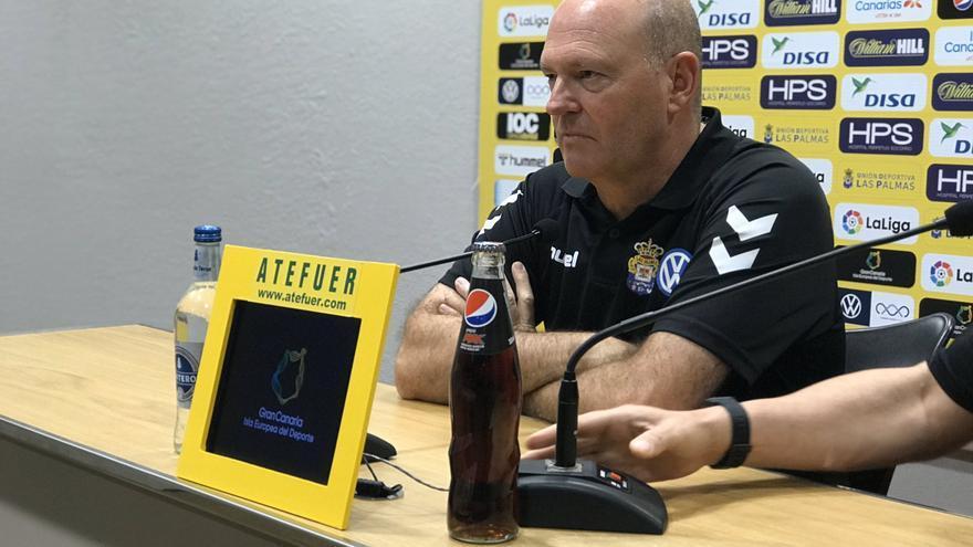 Pepe Mel, entrenador de la UD Las Palmas, en la rueda de prensa concedida este sábado.