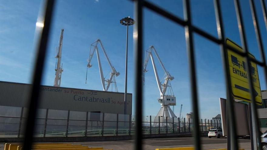 """El PSOE critica que el Gobierno pusiera el """"cronómetro"""" al decreto de la estiba"""