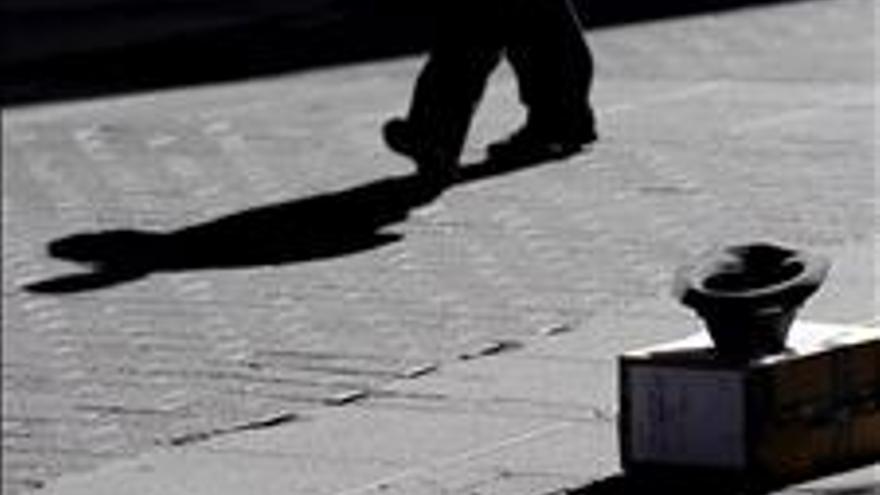 El riesgo de pobreza alcanzó al 21,8 por ciento de los españoles en 2011