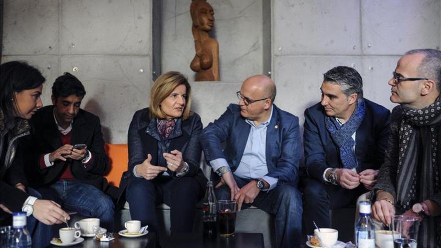 Baltar, junto a la ministra Báñez