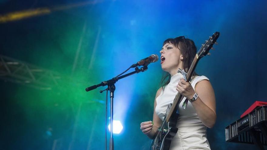 Angel Olsen ofrece su voz como suministro inagotable al nuevo folk-rock
