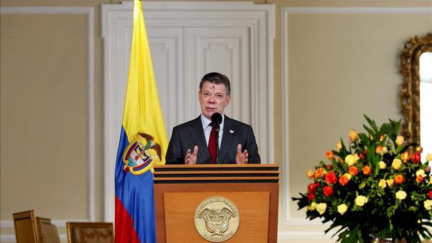 """Santos considera """"fundamental"""" el respaldo de España a la paz en Colombia"""