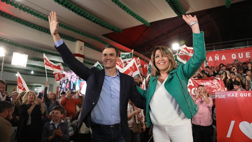 Pedro Sánchez y Susana Díaz en el mitin de Dos Hermanas, a punto de empezar la campaña electoral.