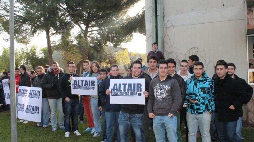 """El colegio Altair recoge """"a buen ritmo"""" solicitudes condicionadas de escolarización pese a retirarse concierto"""