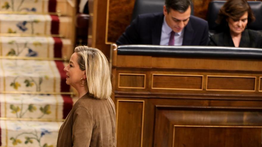 La diputada de Coalición Canarias, Ana Oramas, tras su intervención en la primera sesión del debate de investidura del candidato socialista a la Presidencia de Gobierno en la XIV Legislatura.