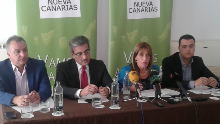 El presidente de NC, Román Rodríguez, ha informado este viernes de la presentación de 97 enmiendas al proyecto de Ley de Presupuestos canarios para 2016