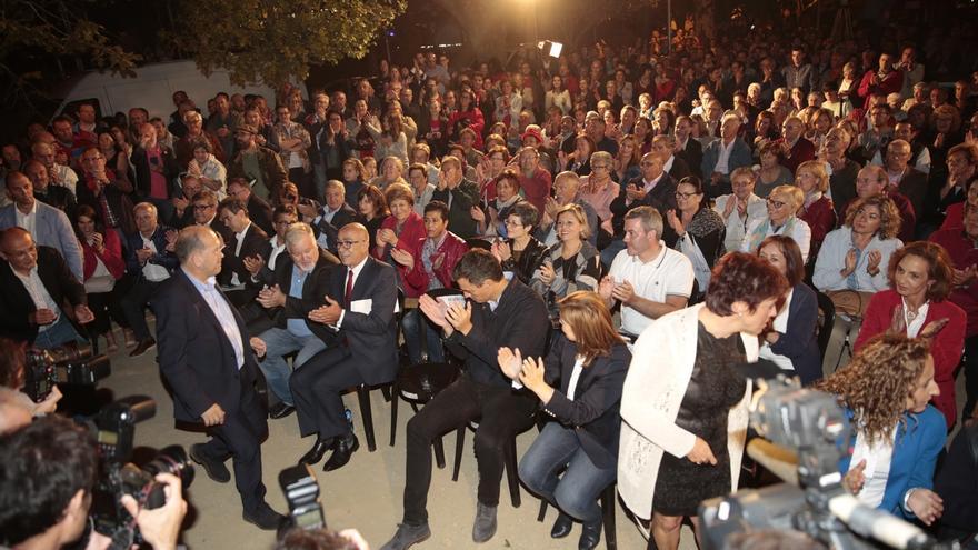 """Leiceaga pide el voto por última vez en Santiago: """"Tenemos que ejercer el voto y convencer a los indecisos"""""""