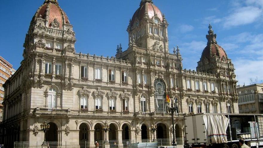 El Ayuntamiento de A Coruña cerró 2015 con 806.000 euros de superávit