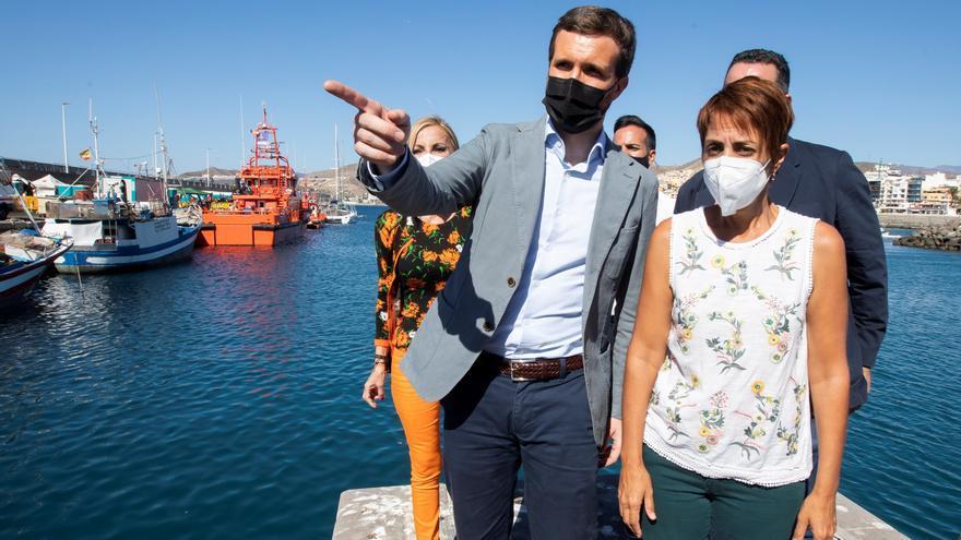 """Casado responsabiliza al Gobierno del """"colapso"""" migratorio de Canarias"""