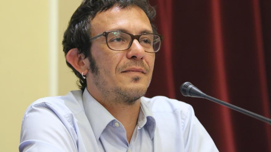 El Ayuntamiento de Cádiz pide a la Delegación del Gobierno impedir el vuelo de la avioneta de Hazte Oír