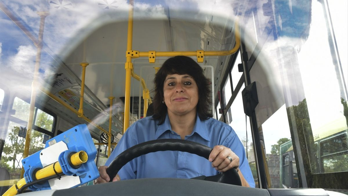 El Programa para la Promoción e Inclusión de Mujeres en la Actividad del Transporte Automotor se propone alcanzar un cupo femenino del 30% en cada empresa del rubro.