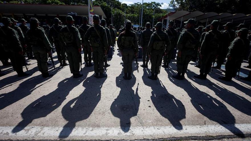 Venezuela inicia maniobras militares ordenadas por Maduro