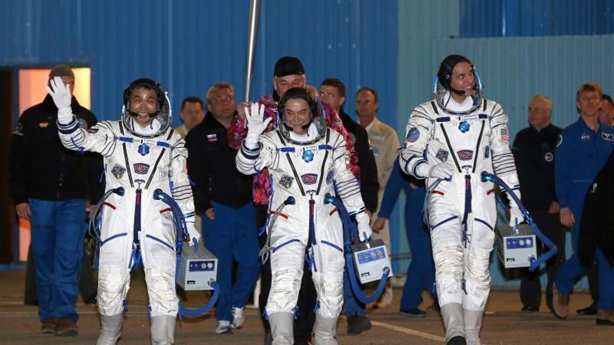 Elevan en 2 kilómetros la altura de la órbita de la EEI