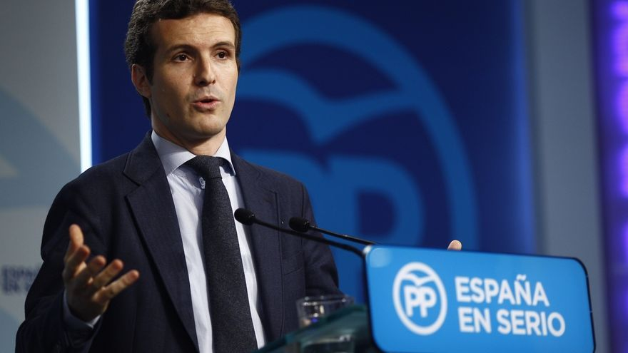 """El PP insta a Pedro Sánchez a retirar el apoyo del PSOE a Carmena en vez de darse """"golpes de pecho"""" por los titiriteros"""