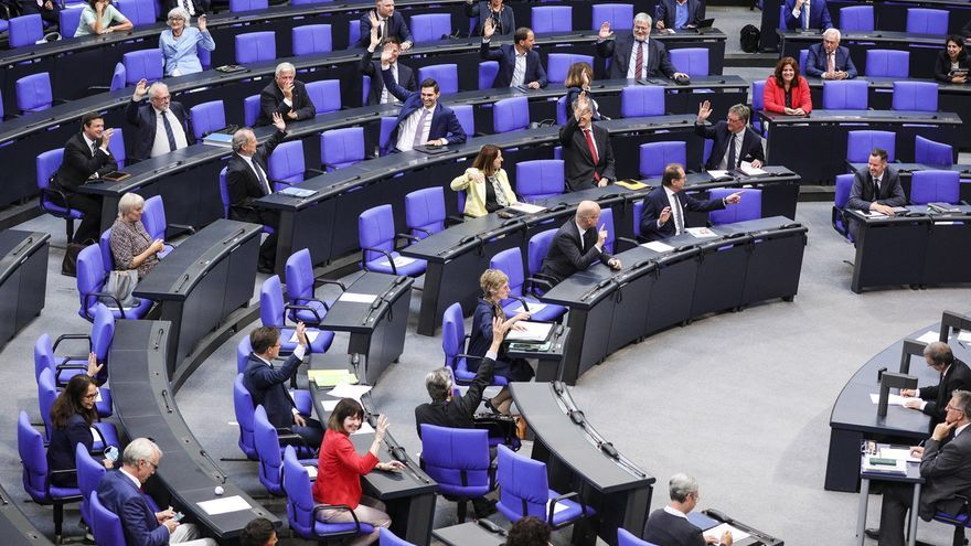 El Bundestag alemán aprueba la ley para el abandono progresivo del carbón hasta 2038.