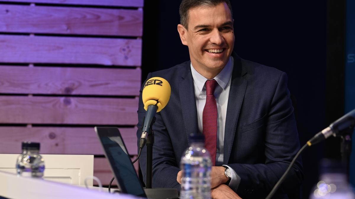 Pedro Sánchez durante la entrevista en la Cadena SER.
