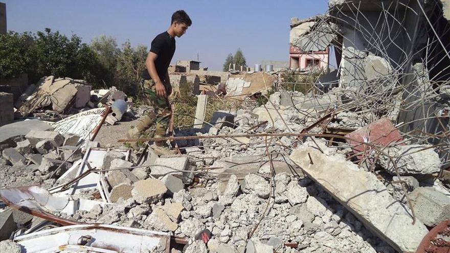 La tumba de Sadam Husein, destruida en los combates de Tikrit