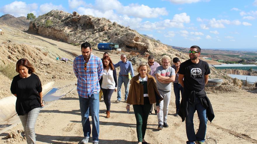 La consejera de Medio Ambiente visitó el vertedero de Abanilla