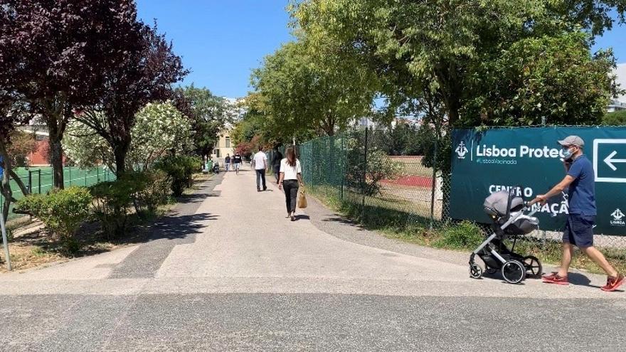 Fiestas, exceso de confianza y variante delta ponen en jaque a Portugal