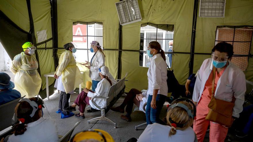 Los trabajadores sanitarios venezolanos con covid-19 son más de 4.000, según ONG