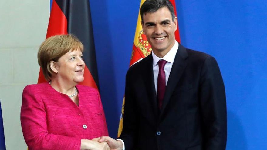 Sánchez y Merkel buscarán hoy en Doñana una posición común en temas centrales de la UE