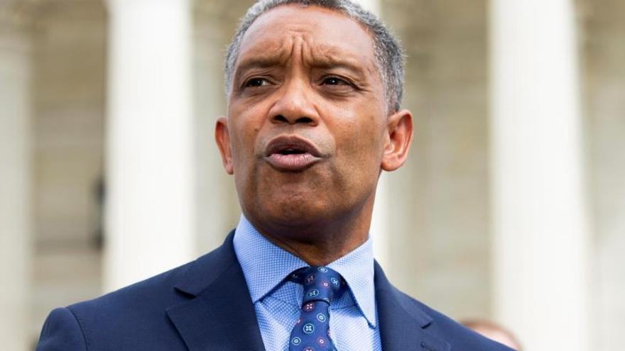 En la imagen el fiscal general del Distrito de Columbia, Karl Racine, EFE/MICHAEL REYNOLDS/Archivo