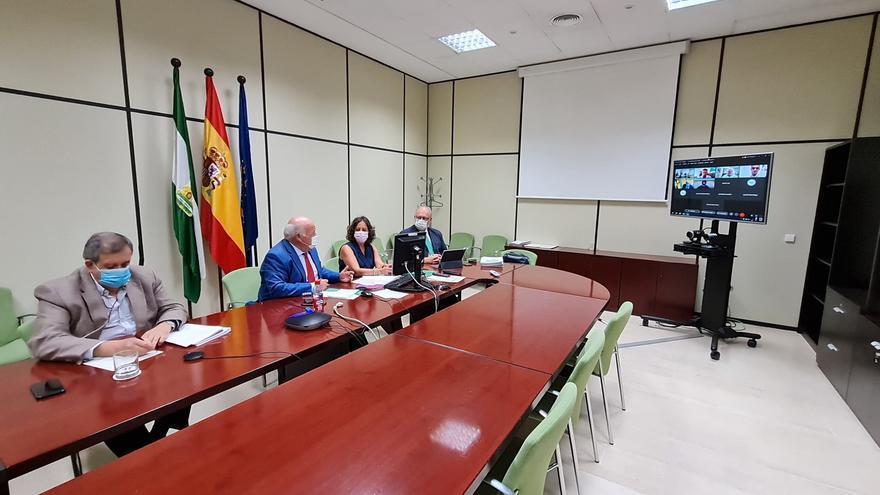 Reunión celebrada este miércoles entre la Junta y la FAMP