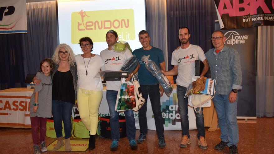 Los ganadores Víctor Sans e Ignasi Artigues, del equipo Goma 2.